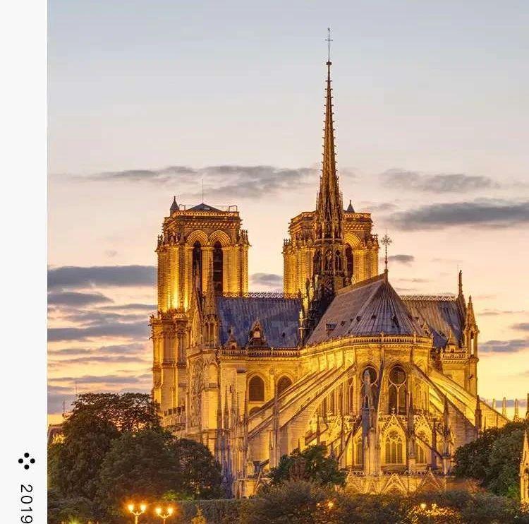 直播预告   永远的大教堂:听余中先教授谈《巴黎圣母院》