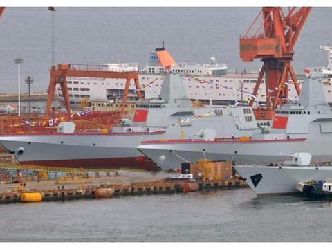 """我国海军造舰""""下饺子"""",航母编队要花多少钱?你可能想不到!"""