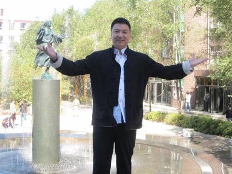 炮轰韩红方方的郑环宇又骂武林网红,被发律师函或将成被告