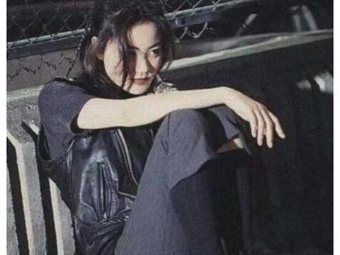 原来王菲才是最时髦的人,网友:难怪谢霆锋不要张柏芝而选择她