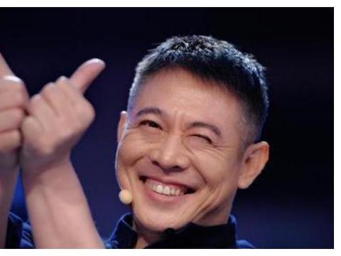 明星爆红后,加入外国籍的人那么多,却只有这两位改回中国国籍!