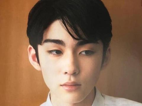 日本歌舞伎界贵公子藤间斋,从呆萌小孩到丹凤眼美少年?太惊艳了
