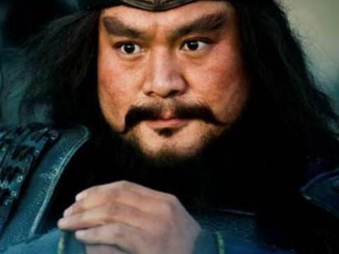 三国演义里的五大莽夫张飞,颜良,文丑,许诸,有一位死的可惜!