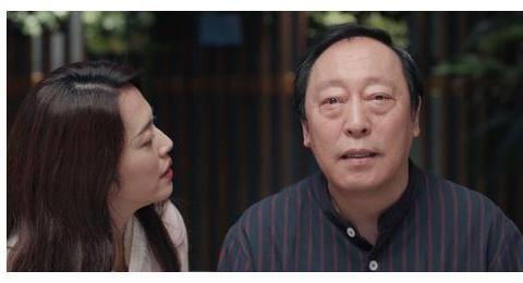 60岁倪大红老婆终于曝光,隐瞒了31年, 媳妇是倪萍亲妹妹呀