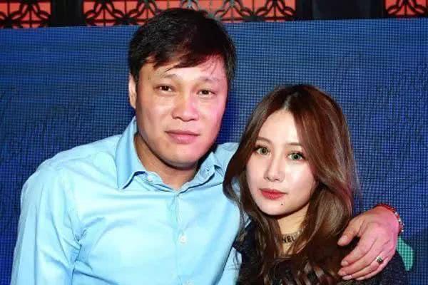 范志毅女儿再变美,21岁进入同济大学,如今已是英国国籍