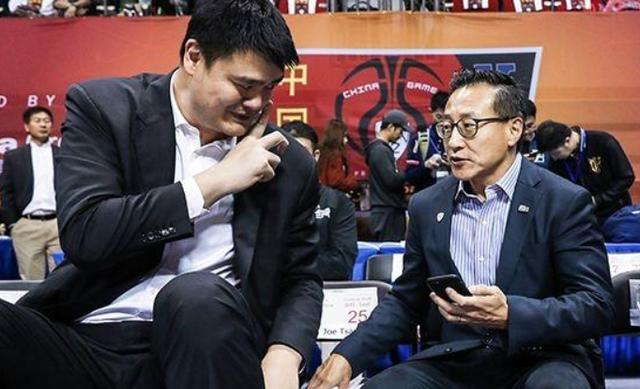篮网老板是中国人,却为何不直接签中国球员打NBA?