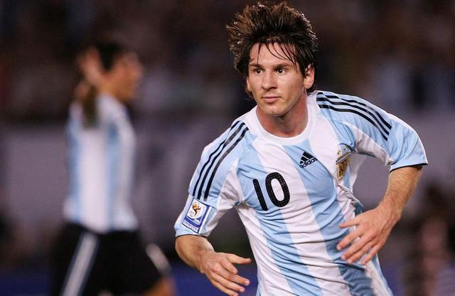 盘点现役最帅的5位足球运动员:内尔马C罗上榜,梅西排第几?