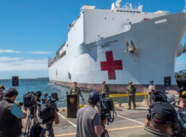 又一艘10万吨航母中招,躲在基地都没能幸免,五角大楼下令封锁