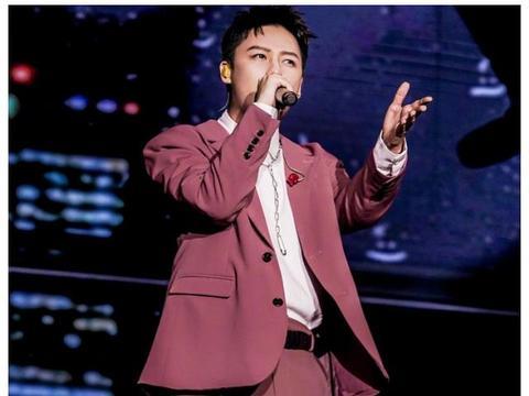 刘维发布首张专辑,看他微博下明星留言,才知道娱乐圈人缘有多好