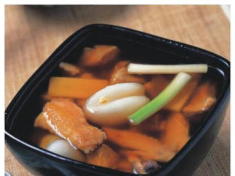 """春季滋补汤""""天麻炖鸡、海底椰川贝炖鸡、鸡血藤鸡肉汤""""的做法"""