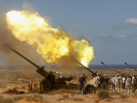 土耳其重炮向国民军发起覆盖攻击!准将司令官阵亡:复仇大军就位