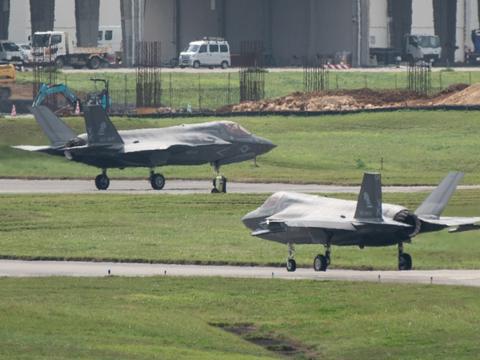 美国远东最大空军基地脸书自爆沦陷!冲绳嘉手纳2名驻日美军确诊