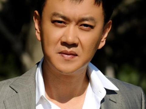 亿万富豪冯嘉怡:拍戏就是为了过瘾,滕华涛说片酬不够给他洗车呢
