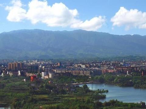 四川最不容易的百万人口大县:至今没通铁路