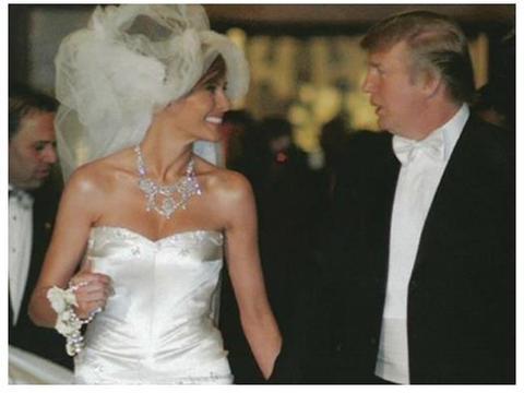 梅拉尼娅大婚时惊艳!24岁伊万卡当伴娘,第一千金瞬间黯然失色