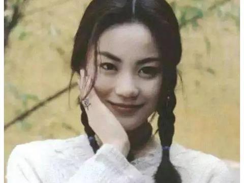 王菲小号曝光,高冷天后上演反差萌,还晒与谢霆锋甜蜜照秀恩爱