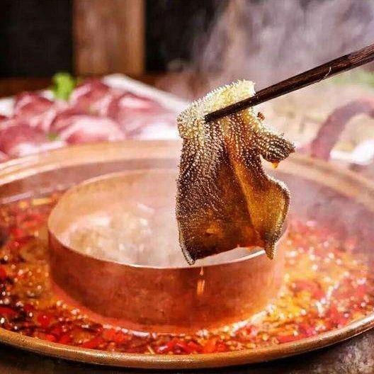 兑现承诺!免费畅吃1年的火锅来了!网友:流下了感动的口水……