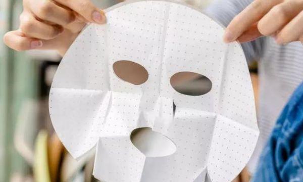 面膜中的塑料纸到底有什么用?很多人都直接扔掉了
