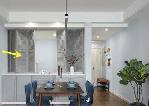 """装修房子,如今流行在墙面上设计""""窗洞"""",增加采光促进情感交流"""