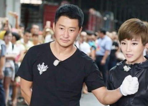 他学吴京砸家产当导演,20天票房才330万,赔了积蓄又欠人情
