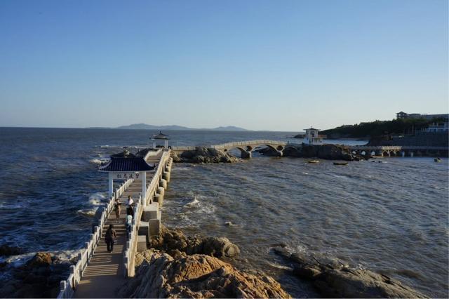 辽宁很受欢迎的岛,面积是辽东湾最大,有南普陀山