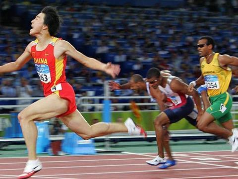 2次奥运2次退赛!解开刘翔伤病谜团,37岁的他至今无孩,归于平凡