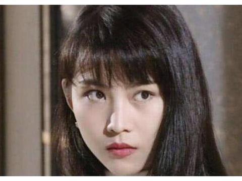 6年陪着刘銮雄,3年跟着吴奇隆,为什么蔡少芬还能嫁得有缘人?