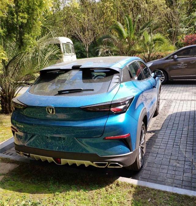 长安新款SUV街头亮相,首搭国产AI芯片,配蓝鲸1.5T发动机!
