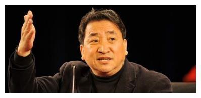 民营相声团体岁末封箱售票火爆, 相声在姜昆领导下取得这些发展!