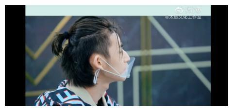 200322 胡彦斌工作室放送幕后花絮 和老师探讨音乐的小鬼在发光
