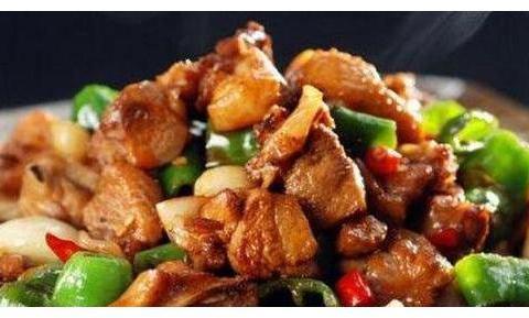 香喷喷的几道家常菜,荤素搭配,鲜香可口,好吃的放不下筷子