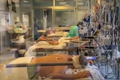 华裔女孩战斗在西班牙ICU:有些病人送进来心跳和呼吸都停止了