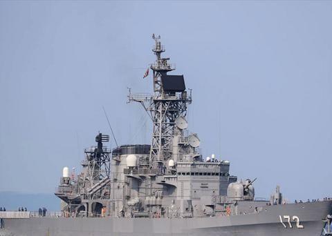 中国渔船撞上日本驱逐舰,日舰船身出现大窟窿,防卫省介入调查