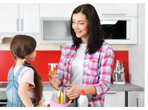 家长什么时候该和孩子分房睡?与年龄无关,这3个特征是关键