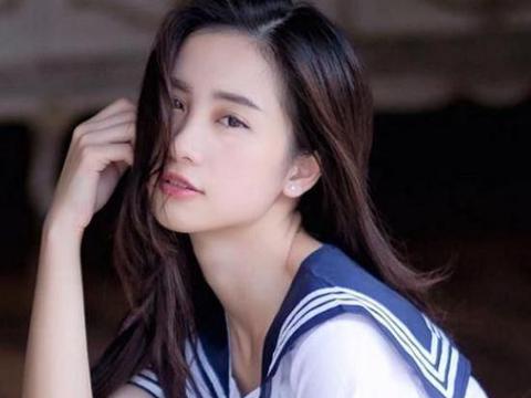 越南奶茶妹妹走红!和中国奶茶妹妹相对比,你更喜欢哪一位?