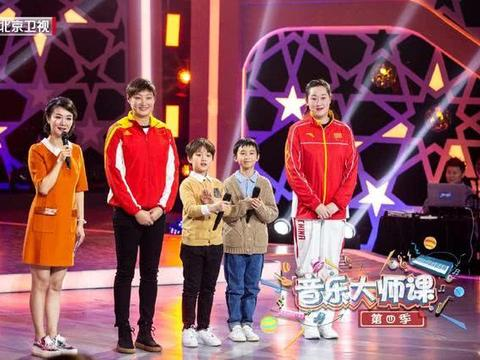 中国女排两大奥运冠军参加节目录制,一人发福严重看呆网友
