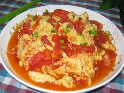 西红柿炒蛋这个顺序才好吃,否则鸡蛋不嫩,西红柿发酸