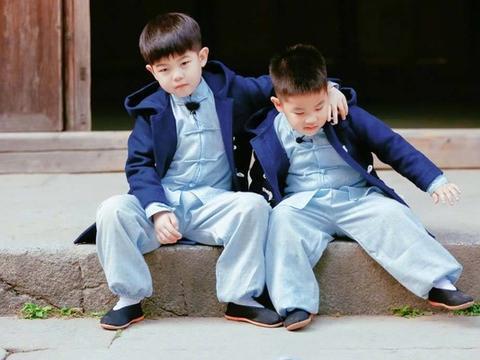 胡可晒儿子宅家日常,9岁安吉变帅气型男,小小年纪超有男人味