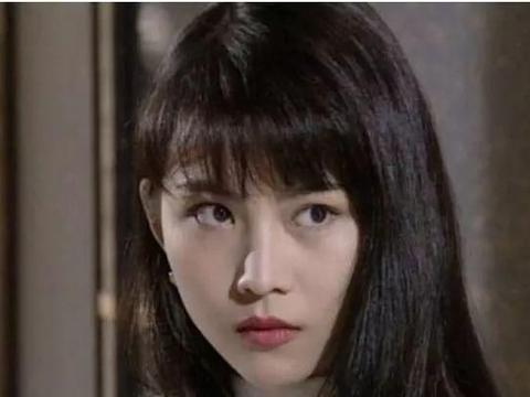 香港小姐季军,与刘銮雄有绯闻,与吴奇隆深爱过