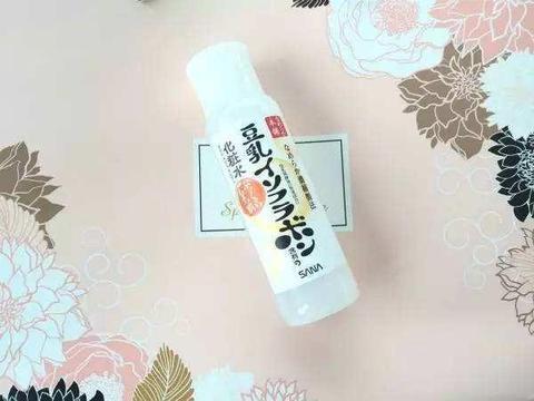 最好用的爽肤水排行榜:补水保湿美白,收敛毛孔用后肌肤白嫩光滑