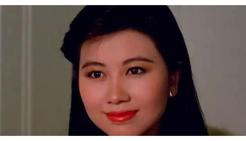 """她曾是""""亚洲美皇后"""",二婚遭丈夫诋毁声誉,三婚嫁外国初恋老公"""