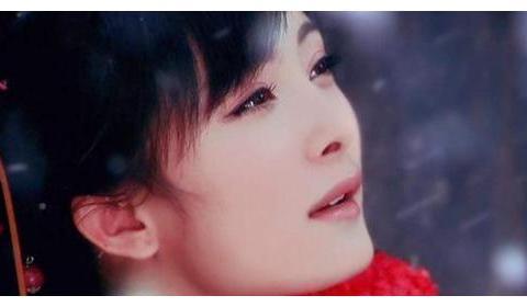 嫌弃邓超没名气分手,先嫁李光洁后嫁刘烨,如今42岁依旧单身