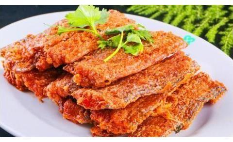 炸带鱼有的用淀粉,有的用面糊,酒店大厨:错了!要这样才好吃!