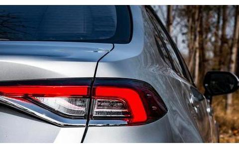看到轩逸最好买它,搭配混合发动机,车内使用PM2.5过滤器