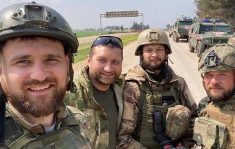 俄记者被土耳其悬赏追杀!100名军人当保镖还敢动手?开价太小气