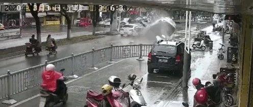 肇事逃逸后又追尾!苏州发生一起严重交通事故,致1人身亡