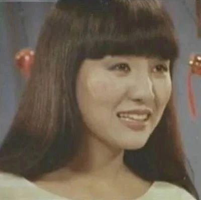 首次登台便赢得第一,歌唱家郑绪岚与《情深谊长》的不解之缘