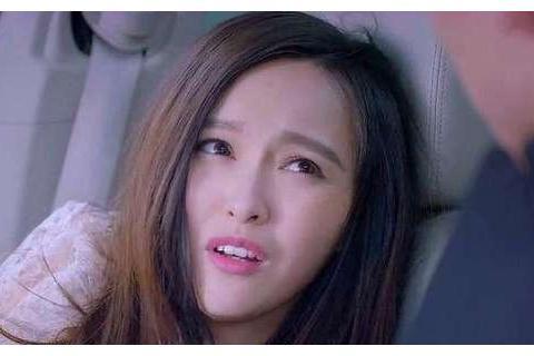 """为什么说电视剧演""""傻白甜""""难?看李沁和杨紫吃鸡腿,就一目了然"""