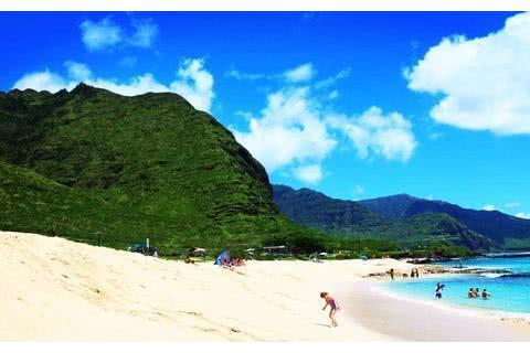 都知道夏威夷度假很爽,但是具体怎么玩,看看这些美丽的海滩吧