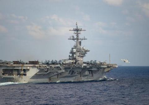 美航母疫情蔓延舰长写信求援 防长:没看信不疏散
